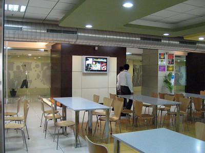 UHG Cafeteria with hot meals.  We're still waiting for ours in California.  Soon, no more potatoe chips for lunch for Grace