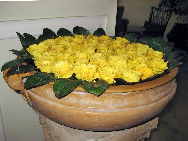 Hotel in Jaipur  floral arrangement