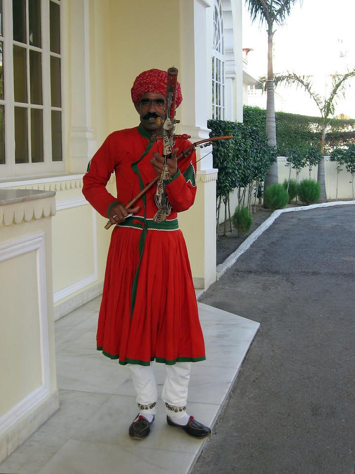 The musician at Jai Mahal Palace