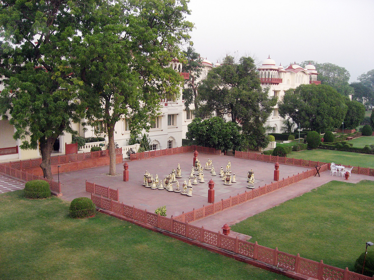 The hotel grounds in Jaipur