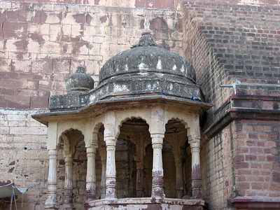 The following pictures are out sequence - subsequent photos are all from Mehrangarh Fort where we took the elephant ride.