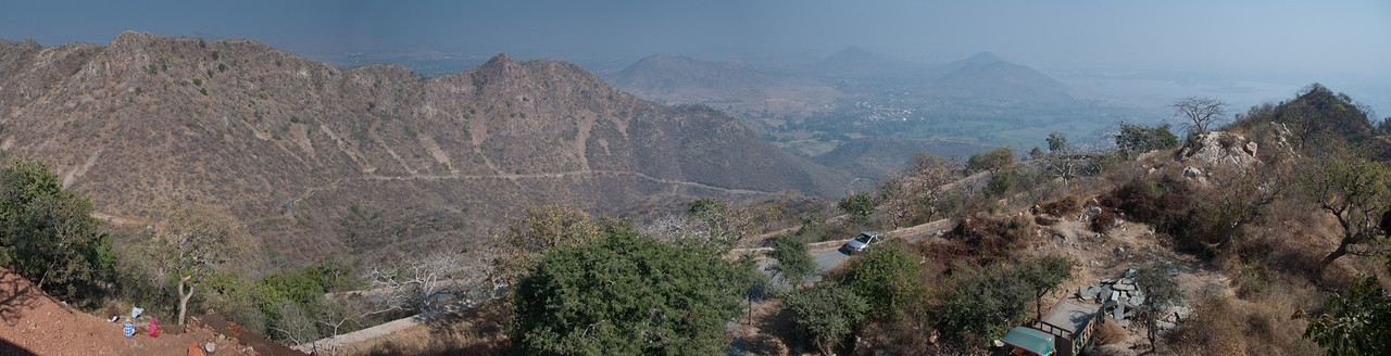 The road leading up to Sajjan Garh