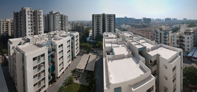 The view of Ahmedabad from Renukamasi's flat. This was a surprisingly clear day.