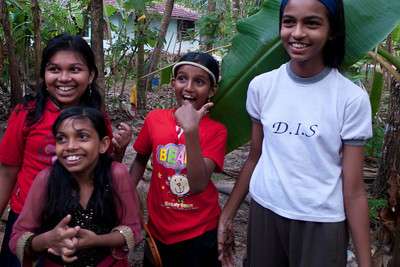 Small village on Lake Vembanad: Primary students with excellent English