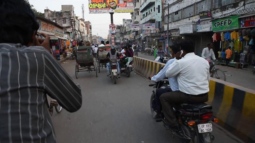 Video: Cycle Rickshaw Ride Into Varanasi's Historic Center