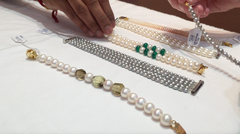 The first place Ambika took us was pearl shopping at Mangatarai!  Hyderabad is known for its pearls, so really--it was the right thing to do.  :)