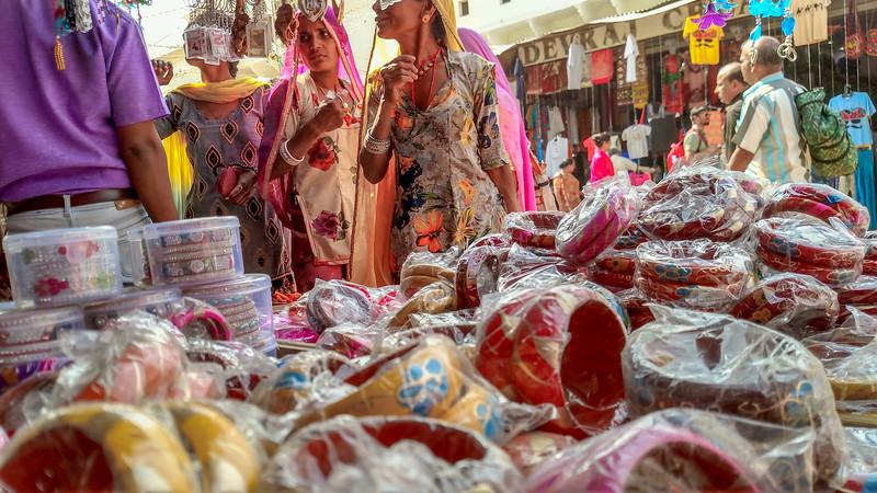 Pushkar shoppers