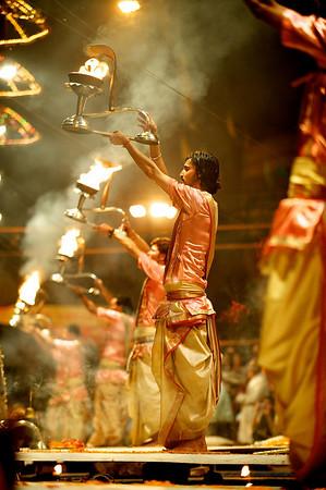 Brahmans performing the evening arti ceremony, Varanasi.