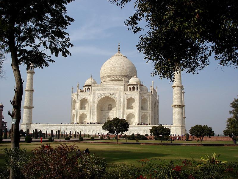 01/15/06: The Taj Mahal...unbelievable craftsmanship.