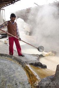 Moving the syrup to the final vat