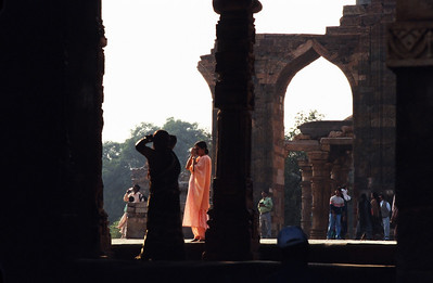 Tourists, Qutab Minar, New Delhi.