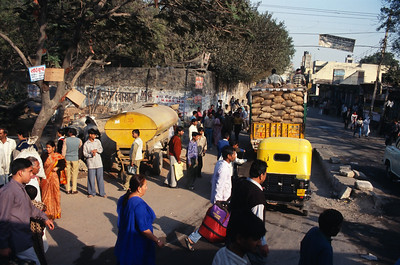 Street scene, New Delhi.