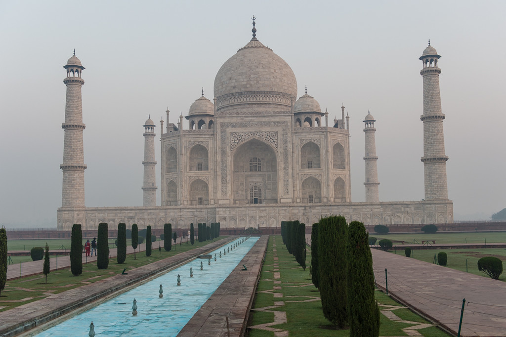 If you get to the Taj early enough, there are no crowds...for about five minutes that is!