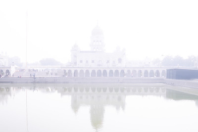 "Gurdwara Bangla Sahib, Delhi. the pool inside its complex, known as the ""Sarovar."""