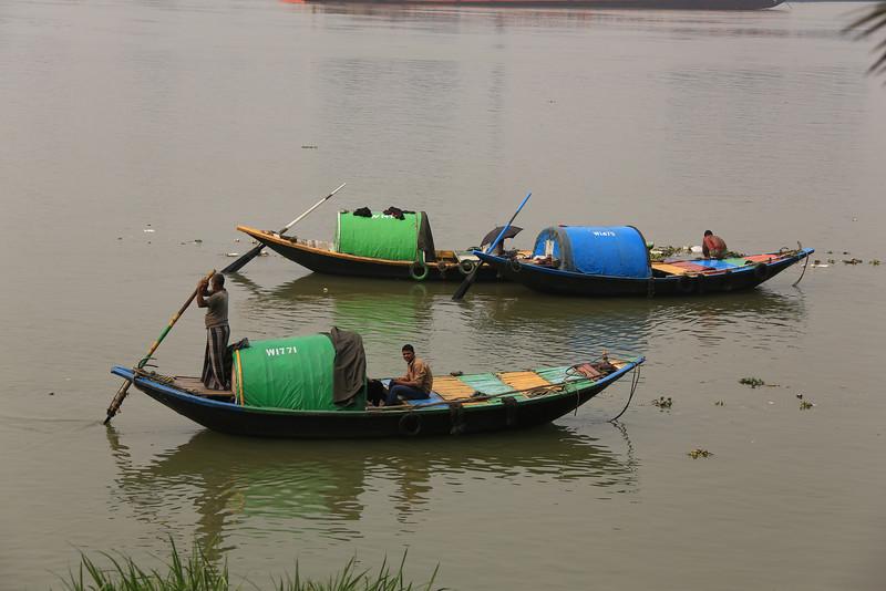Sampans on the Ganges.<br /> EN8A4661