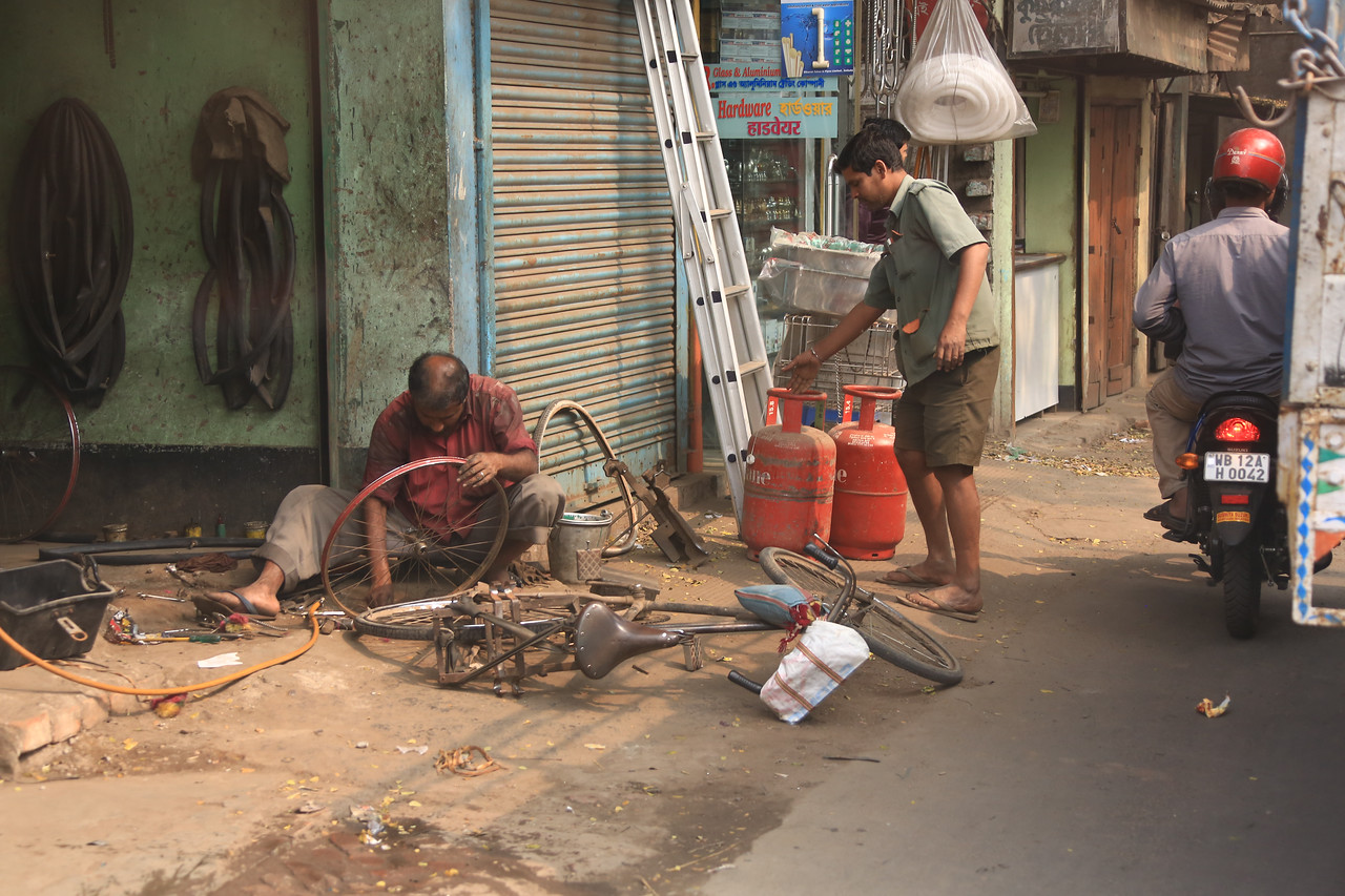 A bicycle repair shop.  I saw these all over India.  Often nothing more than a small inventory and a few tools. <br /> EN8A4607