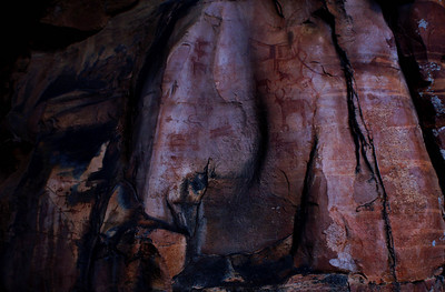 Bhimbetka rock shelters - about 9000 years old...