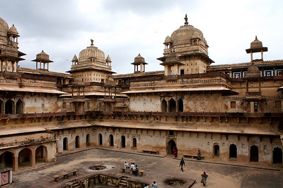 Jahangir Mahal in Orcha, our next stop while travelling westwards