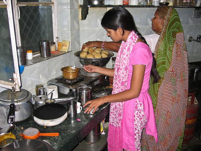 India_April 06, 2008__1