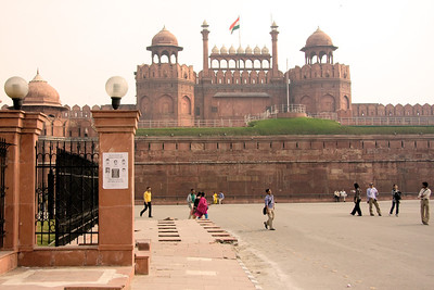 Another view of the Lahore Gate as we approached the Red Fort, Lal Quila, at Chandni Chowk, Old Delhi.  Photographed February 2009 - © 2009 Lesley Bray Photography - All Rights Reserved.