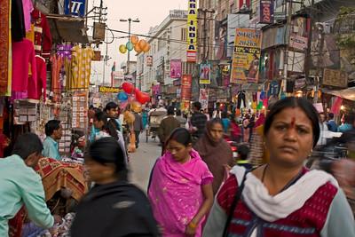 Heading down the street towards Dasawamedh Ghat.
