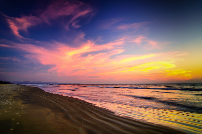 Sunset afterglow at Cavelossim Beach, South Goa, India