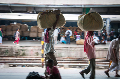 How Indians carry their luggage