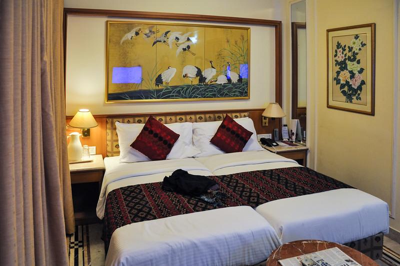 Hotel Regency Room 603