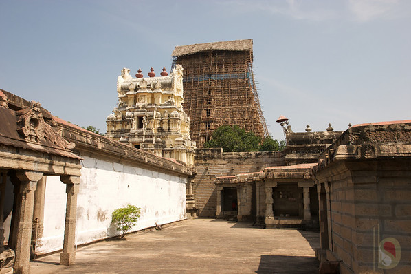 Kalakadu Temple - Tirunelveli  : India