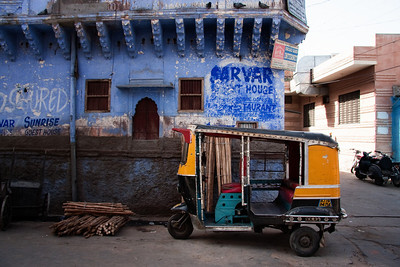 Auto-rickshaw in the Blue City.  Jodhpur, India.