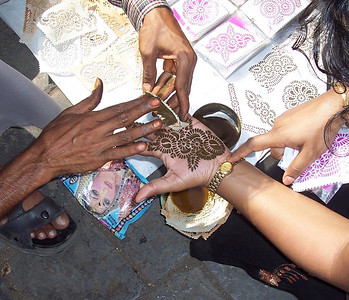 Tattoo vendor near the Gateway in Southern Mumbai