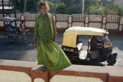 India_NGingold_01
