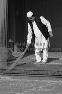 mosque-sweeper