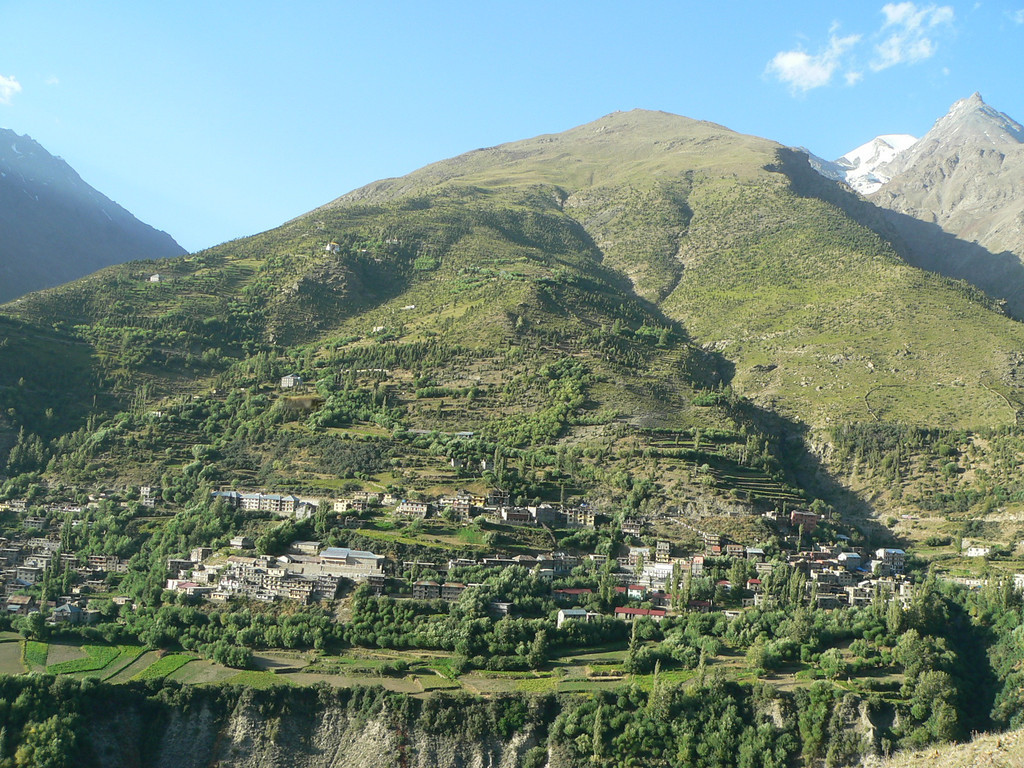 View of Keylong from the adjacent mountain range on the way to Kardong Gompa.
