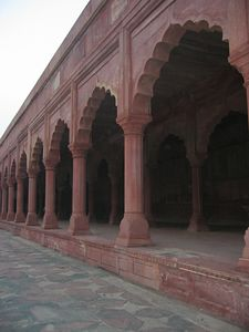 Red sandstone ballustrade of the Darwazah (southern gate to the Taj Mahal).