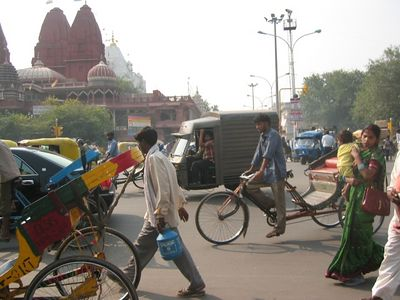 Tuktuks at the Red Fort
