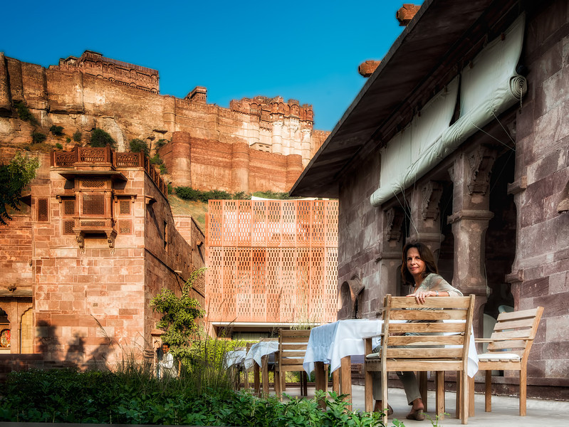 Having breakfast in Jodhpur. Pass the curry and chai please.