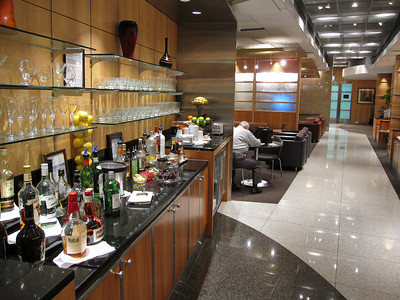 At O'Hare Airport -- AA First Class Flagship Lounge, courtesy of Dave's first class berth. I'll be slumming it in business class.