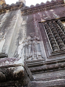 Bas-relief on the inside of the first inner wall at Angkor Wat.