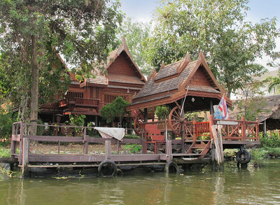 Teak house on Khlong Bangkok Noi (the former Chao Phraya River).