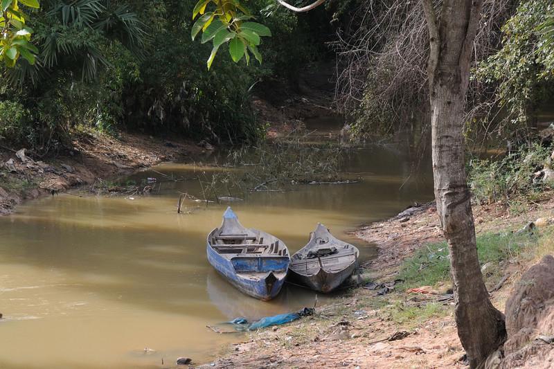 River running into Tonlé Sap Lake.