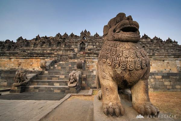 Borobudur, the biggest Buddhist temple in Java