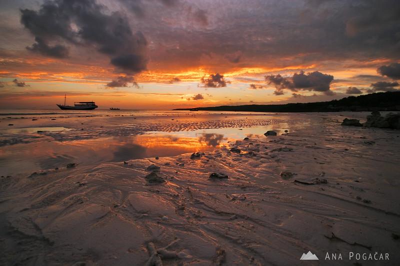 Sunset in Pantai Bira