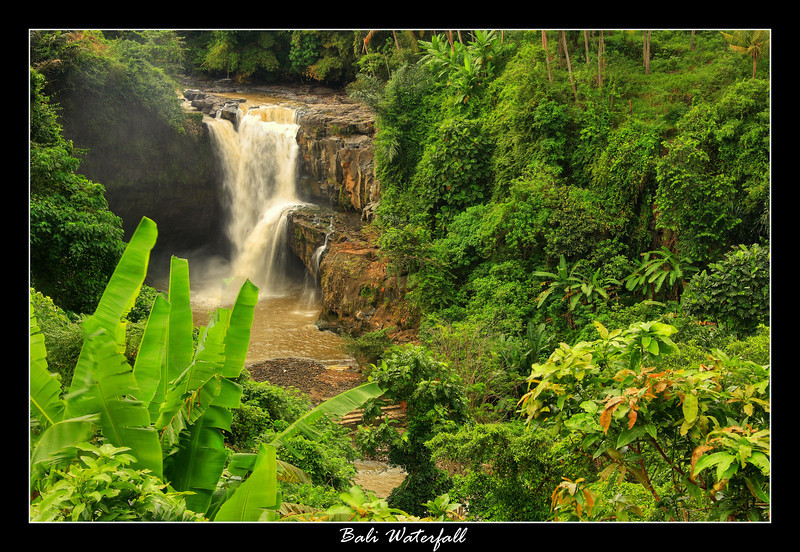 The first stop on my day tour of Bali was this waterfall, I didnt get the name, it wasnt on the map we had. As well you can get right down close to these falls but it was too wet and misty for me to get a decent enough picture this one ended up the best from this area...a pretty impressive waterfall compared to the other ones I seen on the trip.