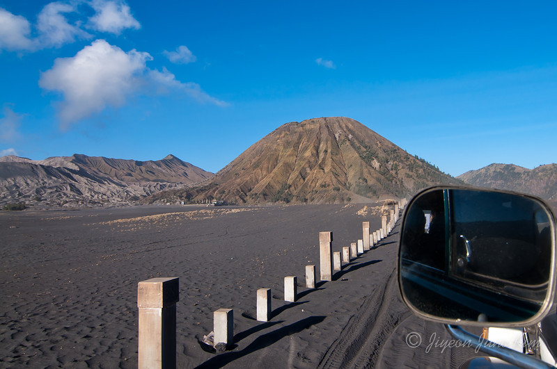 Heading to Mt.Bromo - driving by Mt. Batok