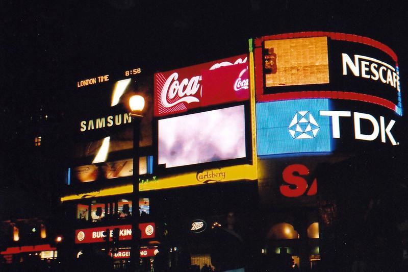 La publicidad en Londres, como en las pelis
