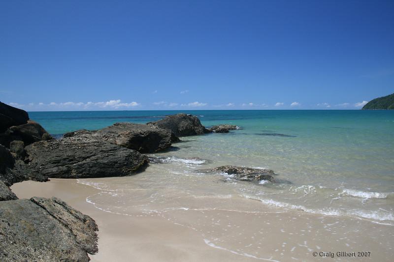 Etty Bay. Photo by Craig Gilbert