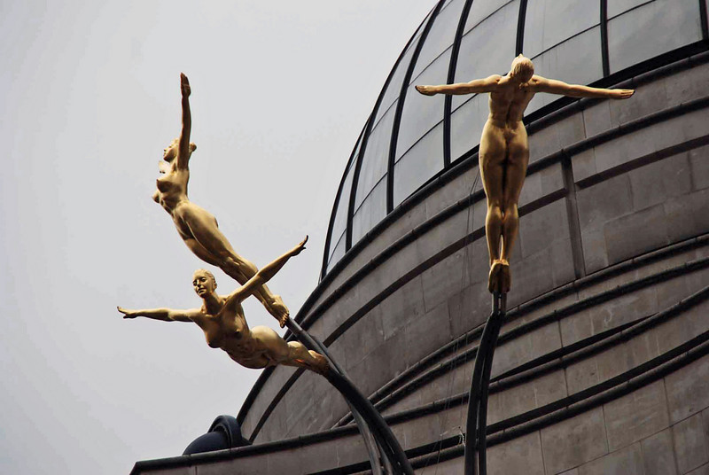 Statues outside the Criterion Theatre
