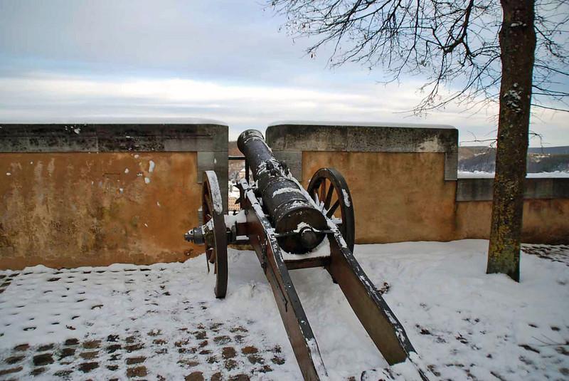 The city's defenses at the Heidenheim castle.