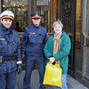 Jean poses with two Vienna policemen.